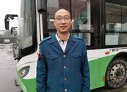 公交車長自費采購坐墊暖人心
