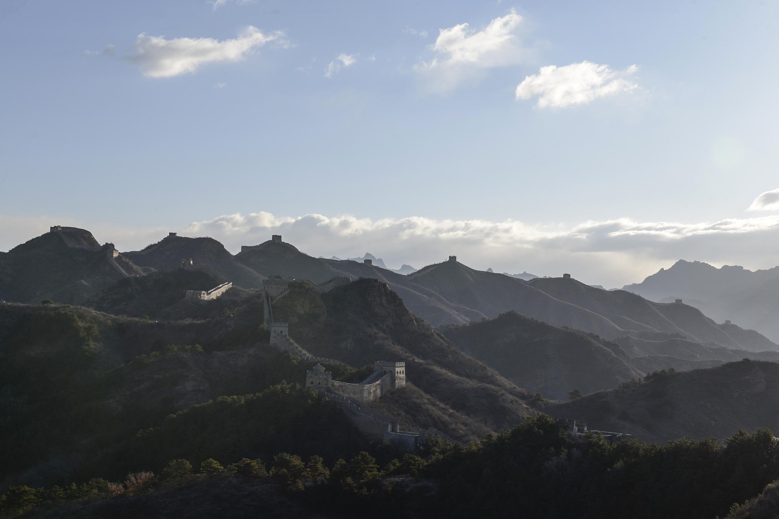 河北承德:金山岭长城晨光迷人