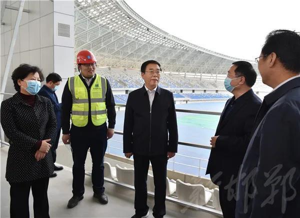 樊成華現場調研省第十六屆運動會場館建設