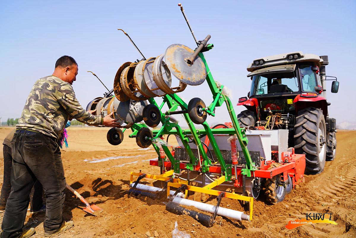 唐山开平:农机助力春耕生产