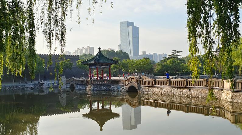 河北邯郸:丛台公园晨曲