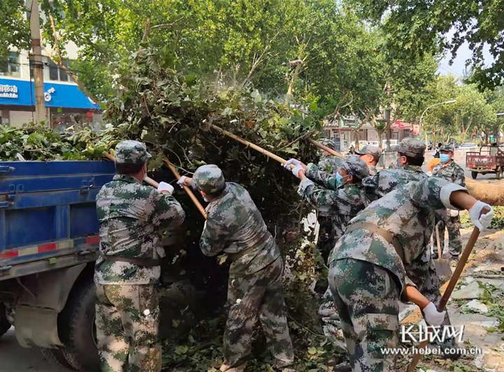 河北峰峰:民兵应急连快速反应 奋战生产自救一线