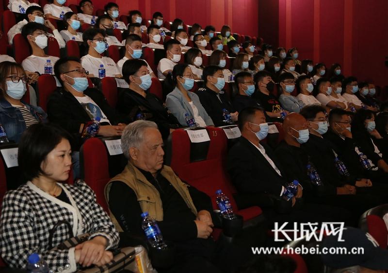 河北张家口市职教中心毕业生参与制作的电影《长津湖》上映