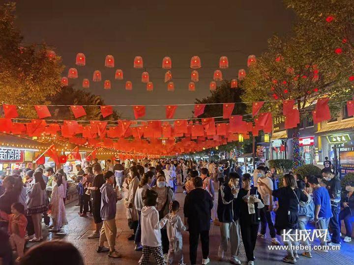 河北41家大型餐饮企业10月1日至7日实现营业收入2513.69万元